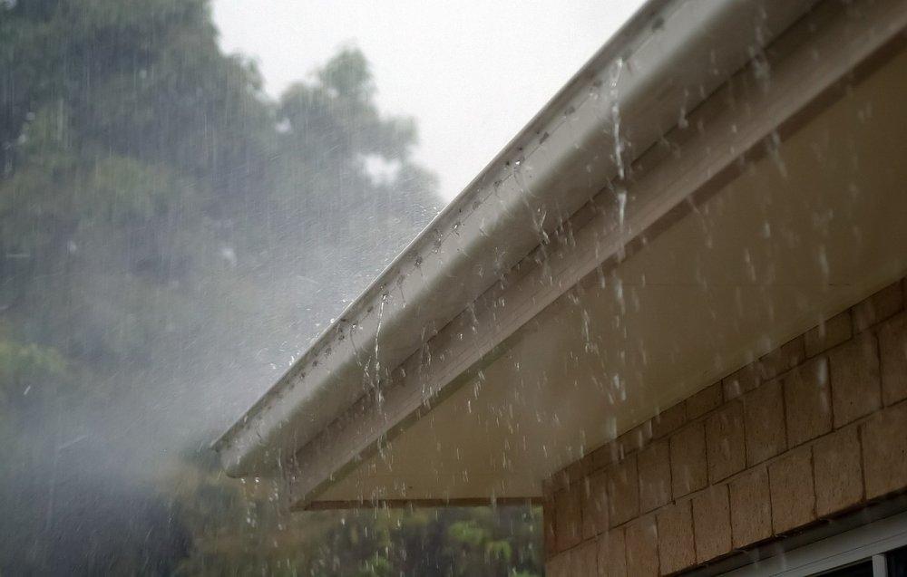 Boka taktvätt i Lund som förlänger takets hållbarhet